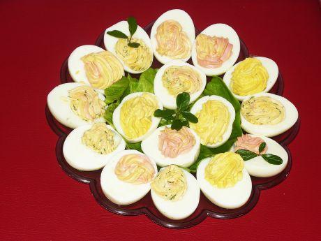 Przepis  jajka faszerowane pastą chrzanową przepis