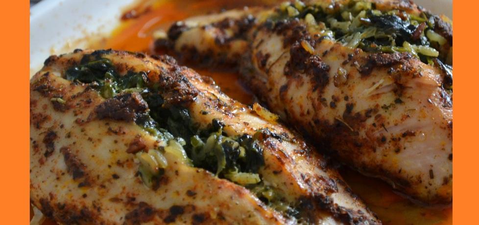 Pierś kurczaka faszerowana ryżem kolorowym i szpinakiem (autor ...