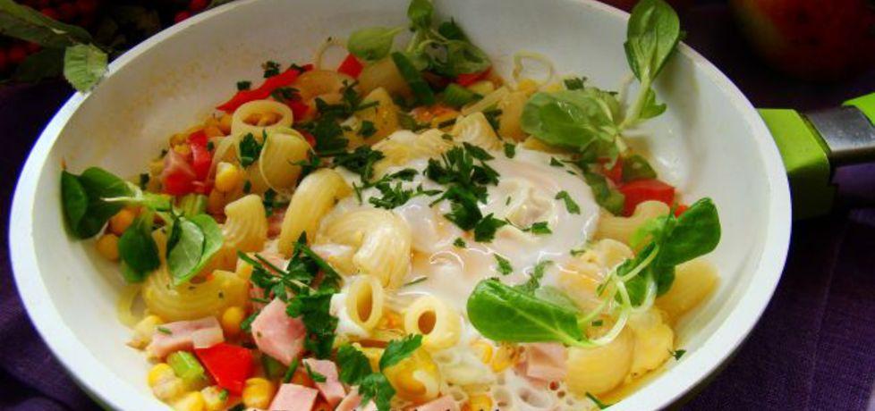 Kolanka z warzywami z patelni (autor: iwa643)