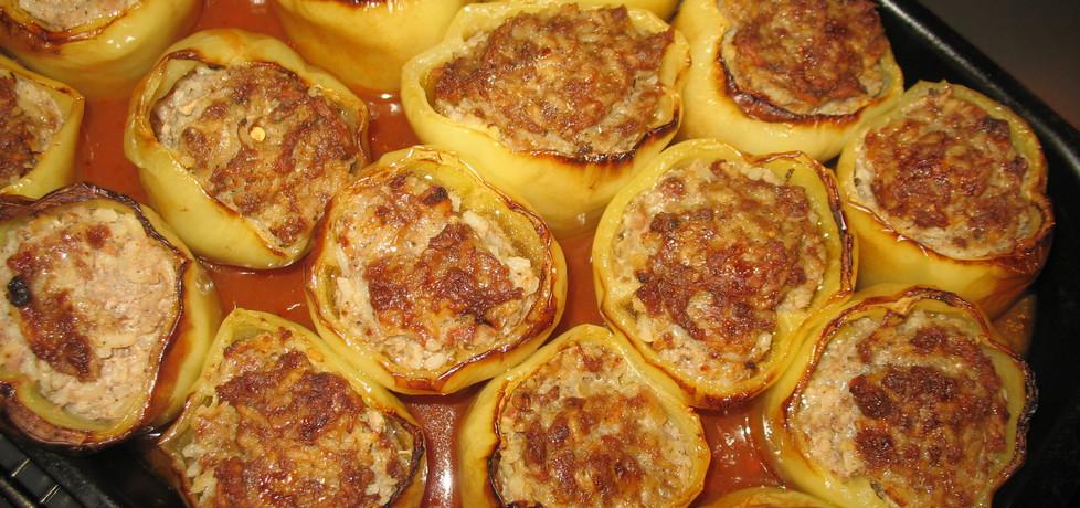 Papryka faszerowana mięsem i ryżem (autor: pani