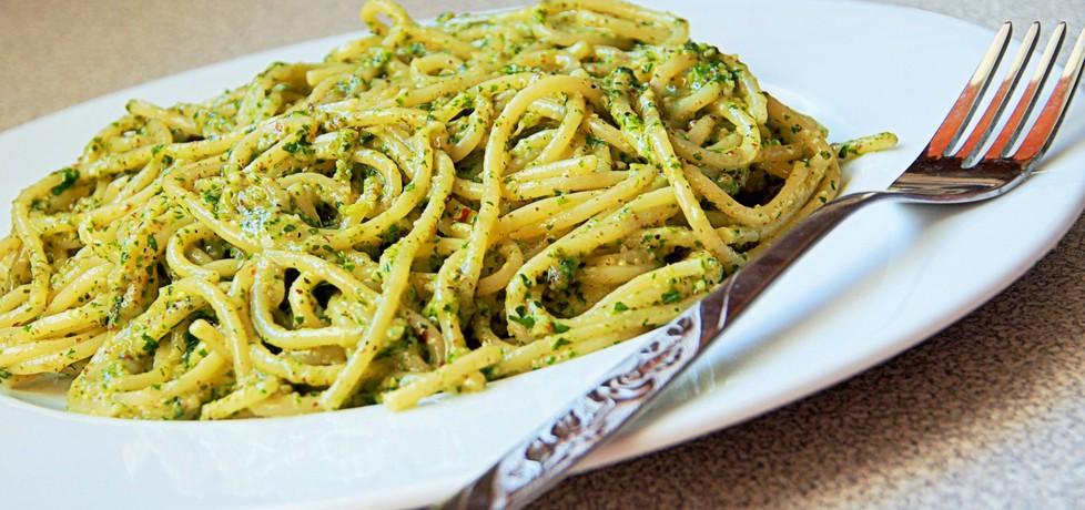 Spaghetti z pistacjowym pesto (autor: futka)