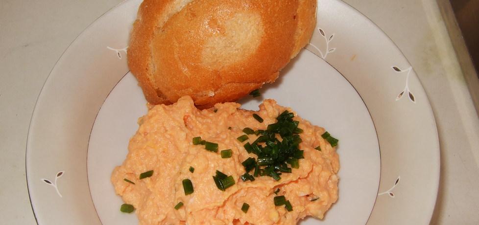 Pasta jajeczna z przecierem pomidorowym (autor: rosik93 ...