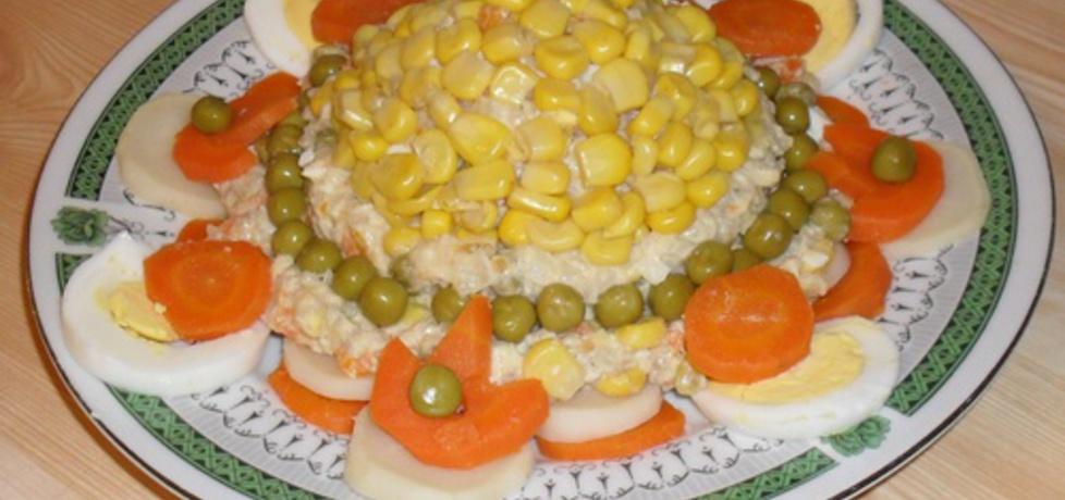 Sałatka warzywna z kaszą jęczmienną. (autor: janek64 ...