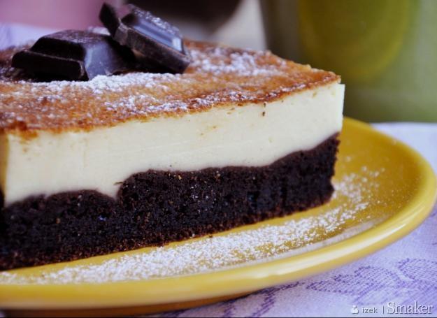 Ciasto białe na czarnym