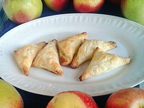 Przepis  różki francuskie z jabłkami przepis