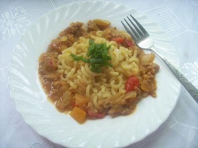 Gulasz warzywny z mięsem mielonym