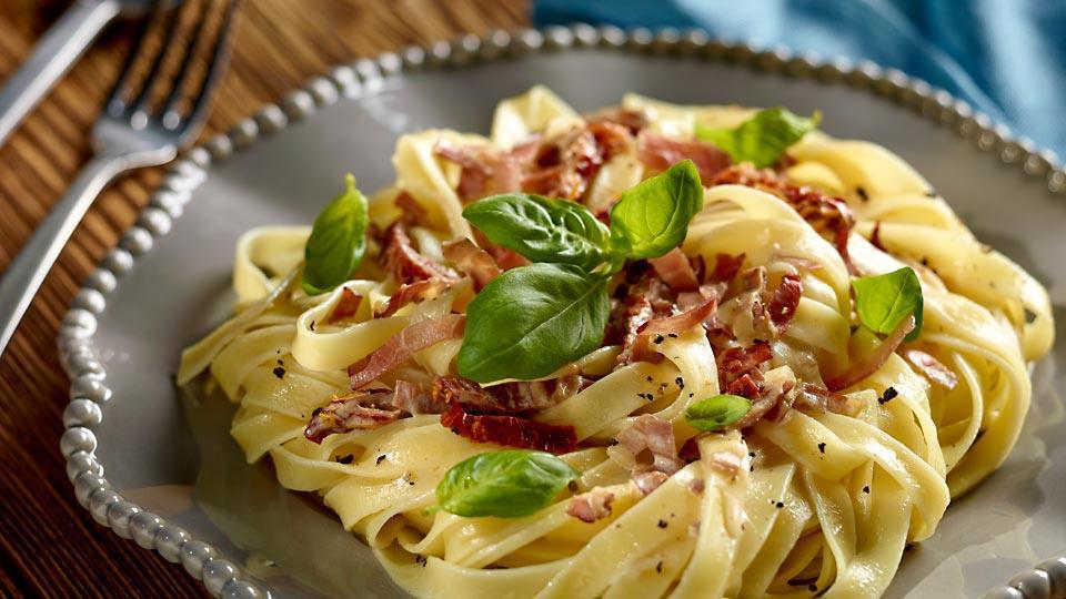 Przepis na makaron z suszonymi pomidorami i mascarpone ...