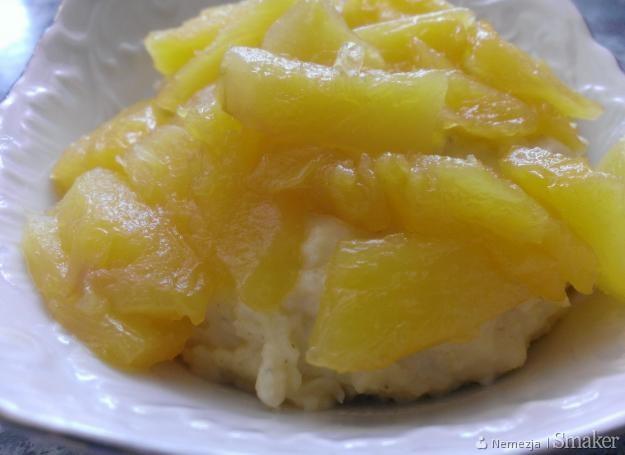 Jaglanka z ananasem