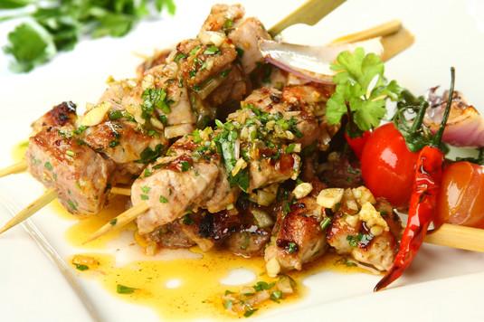 Tapas: szaszłyki z mięsa