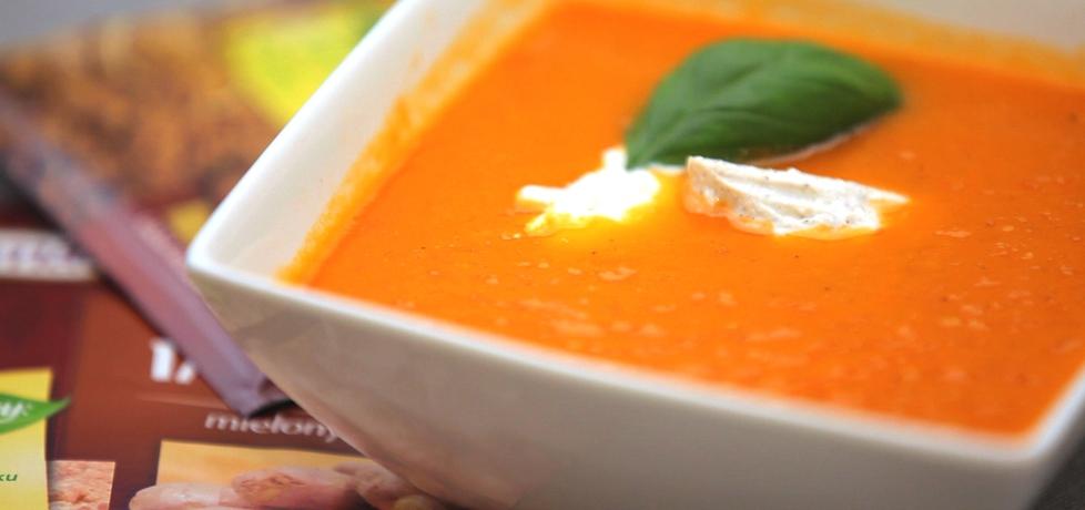 Doradca smaku ii, odc.7: zupa pomidorowa z papryką i serem kozim