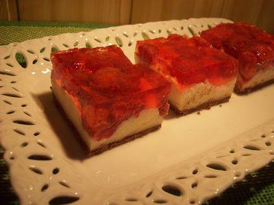 Ciasto truskawkowe z kaszą manną