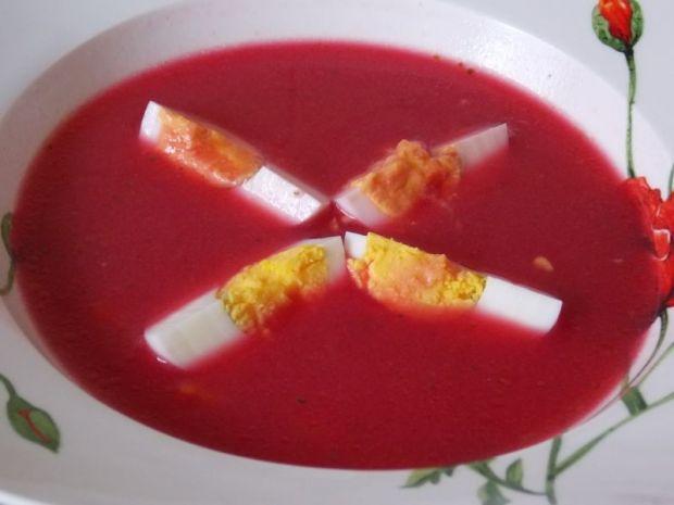 Przepis  gęsty barszcz czerwony z jajkiem przepis