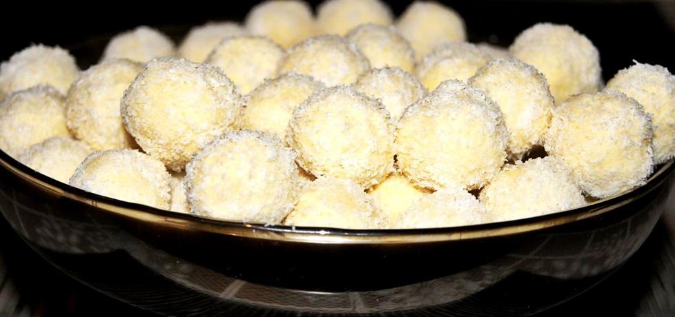 Cudownie delikatne kuleczki kokosowe