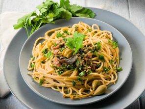 Spaghetti z ziołami, cytryną i anchois