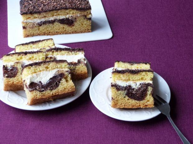 Przepis  ciasto ze śliwkami i masą budyniową przepis
