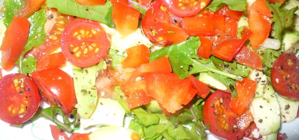 Sałatka z awokado i pomidorków koktajlowych (autor: jagoda5913 ...