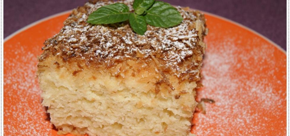 Pyszne ciasto na maślance z kokosem na dużą blachę (autor ...
