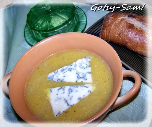 Przepis  zupa z młodej dyni z serem pleśniowym przepis