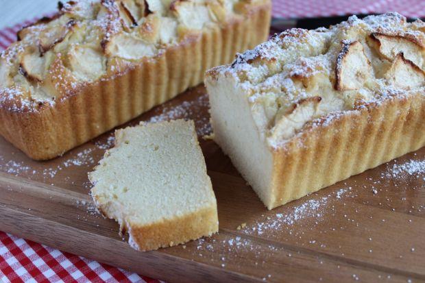 Przepis  ucierane ciasto na białkach z jabłkami przepis
