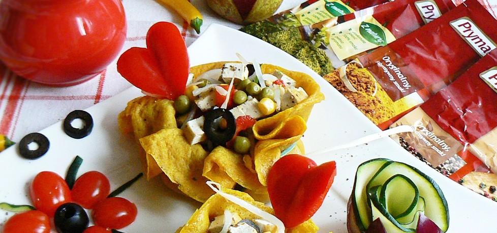 Żółte naleśniki w sakiewkach z sałatką i tofu (autor: mysza75 ...