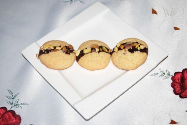 Przepis  ciasteczka maślane z pistacjami przepis