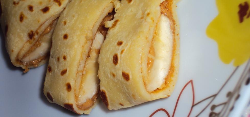 Naleśniki z masłem orzechowym i bananem (autor: mama