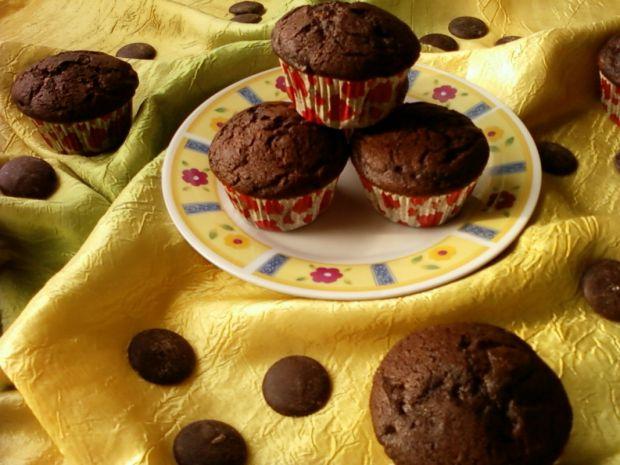 Przepis  kakaowe babeczki z czekoladą przepis