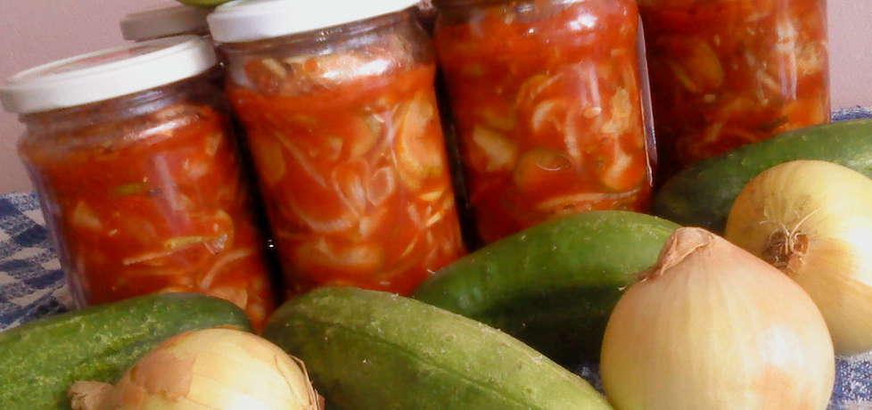 Sałatka ogórkowa z koncentratem pomidorowym na zimę (autor ...