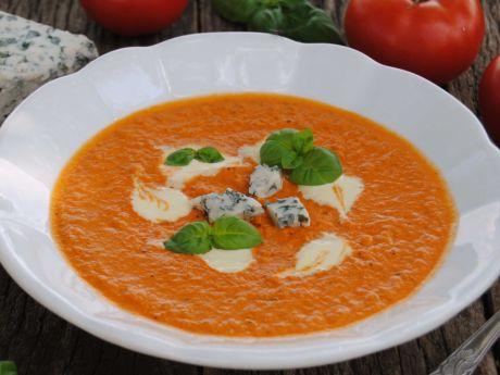 Przepis  pomidorowa z serem pleśniowym przepis