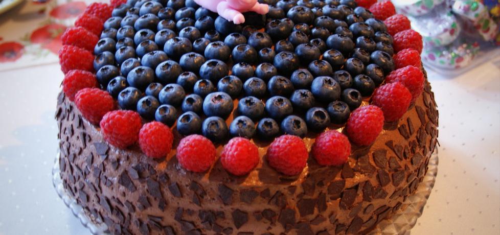 Tort czekoladowy z owocami leśnymi (autor: tytka)