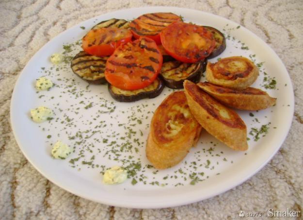 Grillowany bakłażan z roladą ziemniaczaną
