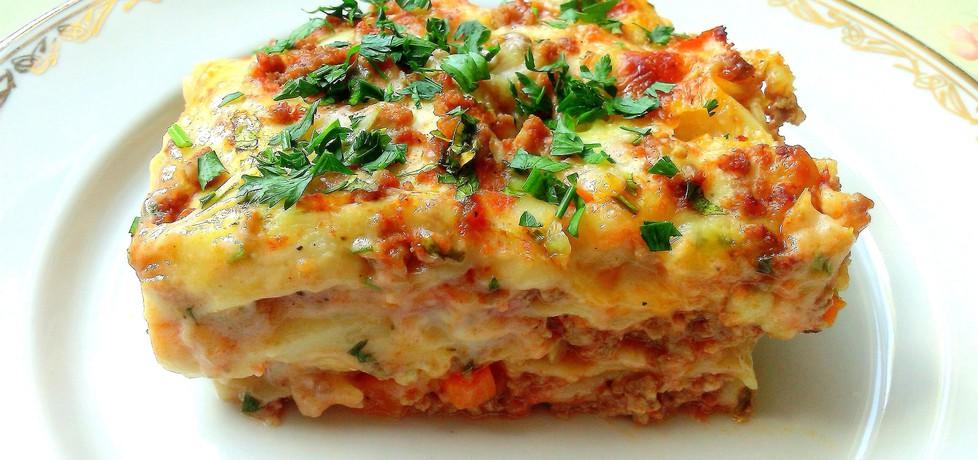 Beszamelowa lasagne z wołowiną i warzywami (autor: futka ...