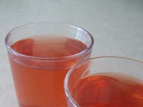 Przepis  aromatyczny kompot z truskawek i jabłek przepis