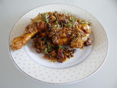 Przepis  kurczak z chilli i rodzynkami przepis