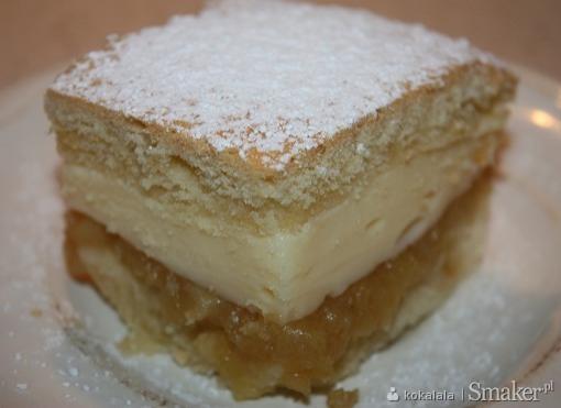 Ciasto babkowe z budyniem i jabłkami