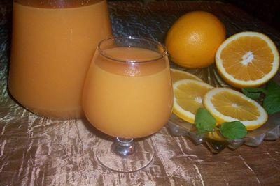 Odżywczy napój pomarańczowy