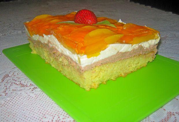 Przepis  ciasto z brzoskwiniami i kremem przepis