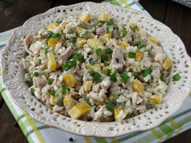Przepis  sałatka ryżowa z tuńczykiem przepis