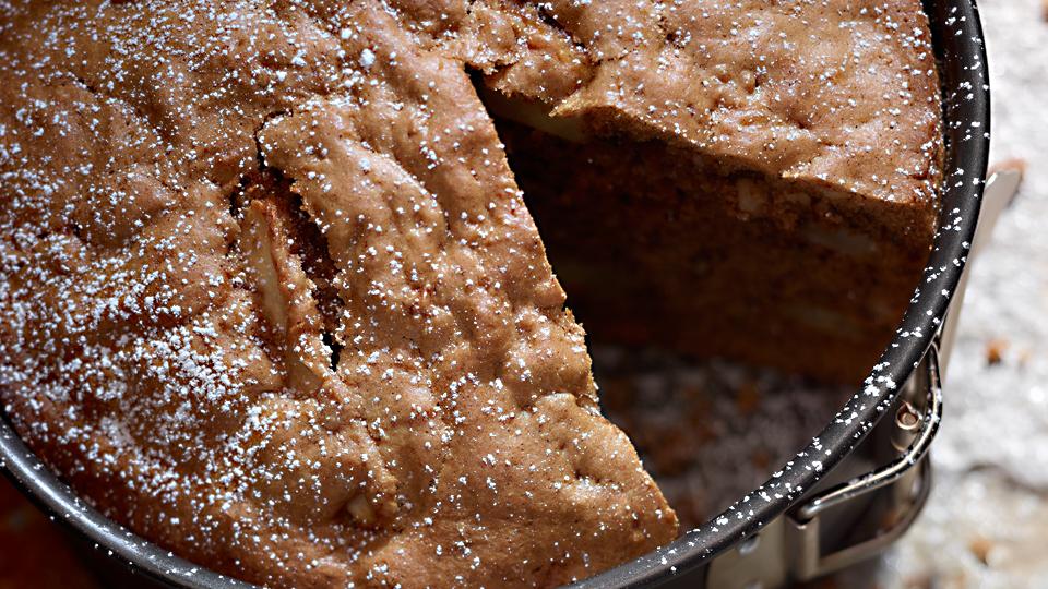 Przepis na cynamonowe ciasto z jabłkami