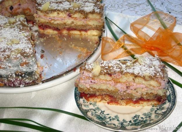 Tort kawowo-kokosowy.