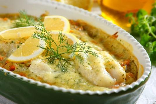 Ryba z duszonymi warzywami