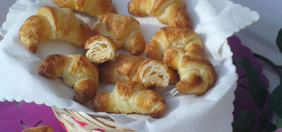 Francuskie rogaliki z białą czekoladą i kokosem (autor: katarzyna59 ...