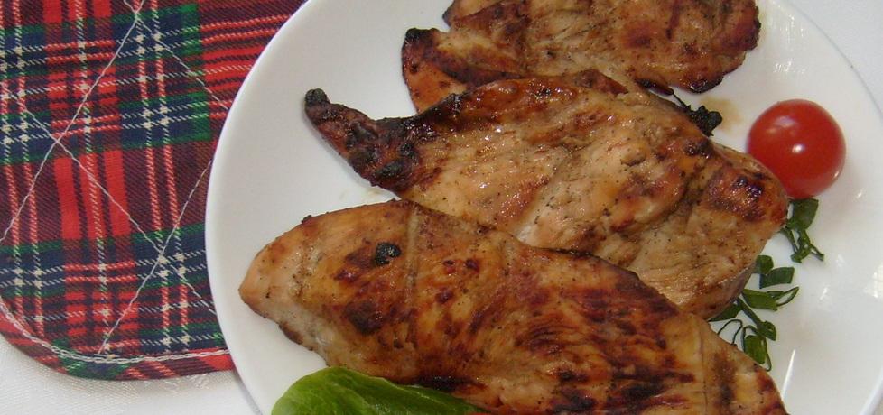 Piersi kurczaka z grilla w musztardowo