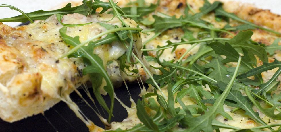 Pizza 4 sery z rukolą (autor: dollce)