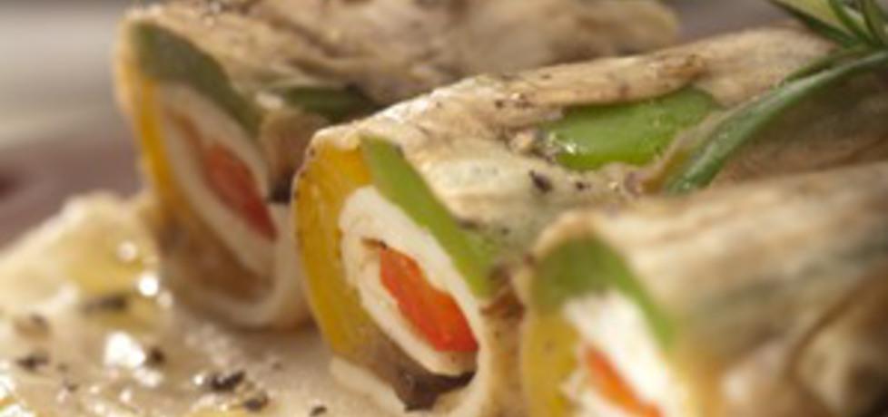 Roladki z bakłażana i pieczonej papryki z cypryjskim serem haloumi ...
