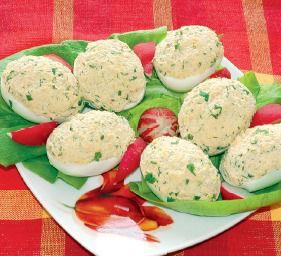 Jajka nadziewane mięsem