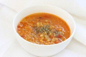 Zupa z soczewicy  prosty przepis i składniki