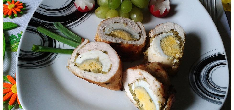 Kurczak faszerowany jajkiem i ogórkiem konserw. (autor: monikat83 ...