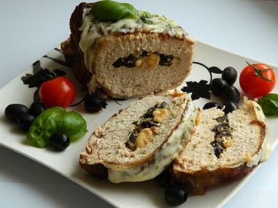 Schab faszerowany serem i oliwkami