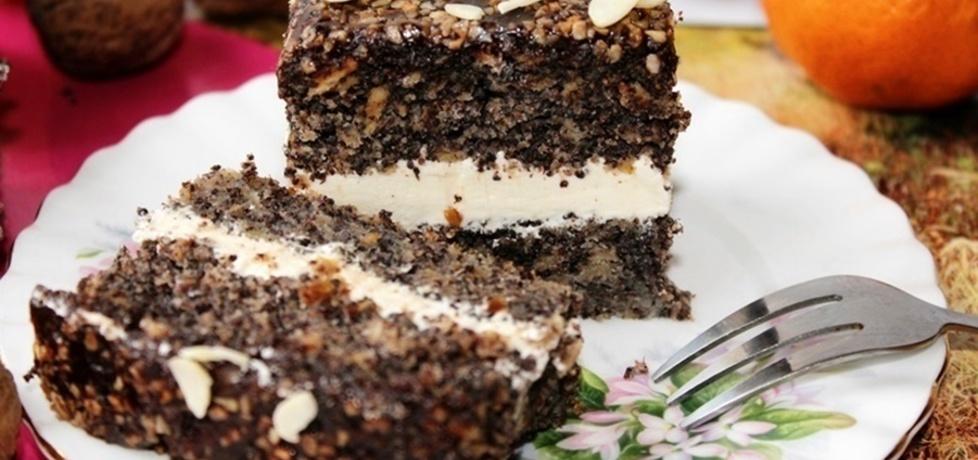 Ciasto makowe z czekoladą, migdałami i kremem mascarpone (tort ...